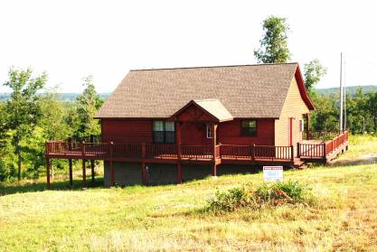Joey burch cabin with 3 acres mountain view arkansas for Cabin builders in arkansas